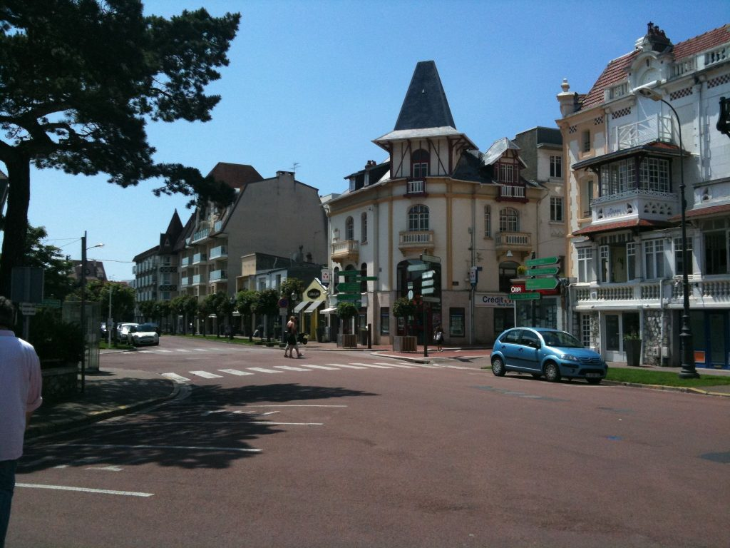 Walking to Le Touquet