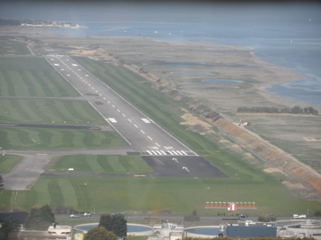 Turning final for 32LH at Le Touquet