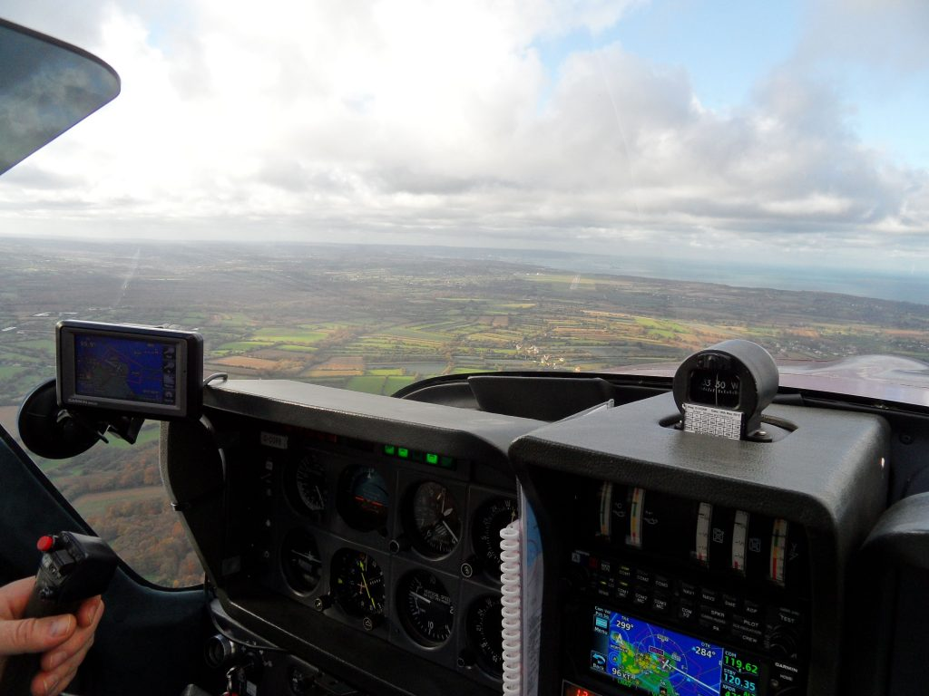 Downwind circling to land at Cherbourg