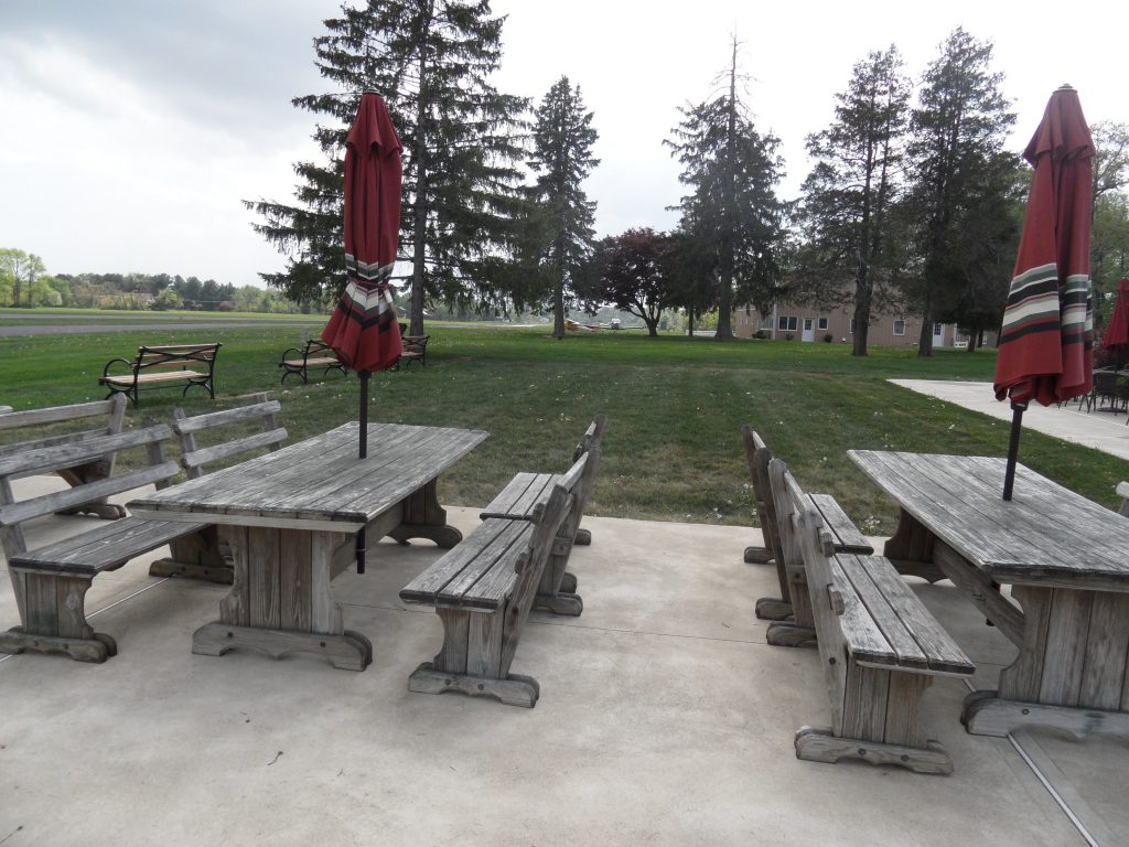 Sky Manor Picnic Tables